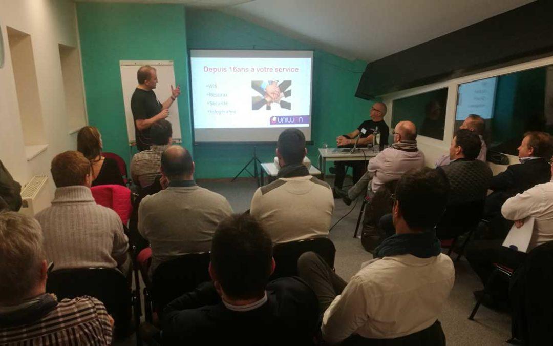 Première présentation de la U1BOX à nos futurs partenaires (rejoignez-les !)